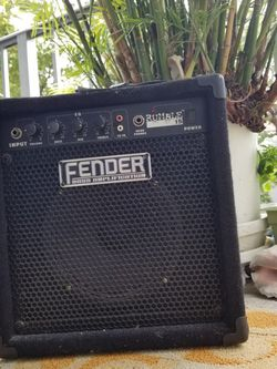 FENDER RUMBLE 15 for Sale in Miami,  FL