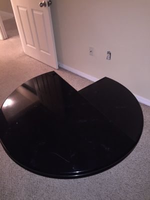 Spiral furniture table for Sale in West Palm Beach, FL
