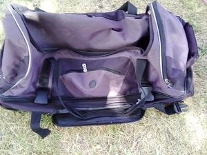 Duffle bag for Sale in Lancaster, CA