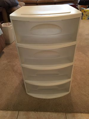 Plastic container for storage with 4 wheels and 4 drawers for Sale in Fresno, CA