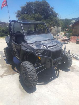 2017. RZR. Turbo under 80 hours for Sale in Fallbrook, CA