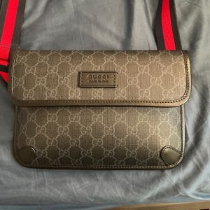 Gucci Bag Unisex Like New for Sale in Long Beach, CA