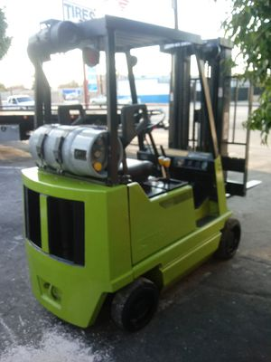 Clark forklift propane gas 4000 lbs for Sale in El Monte, CA