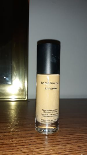 Brand new bare minerals foundation for Sale in Sioux City, IA
