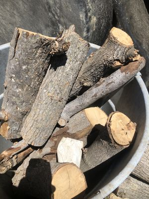 Firewood for Sale in Los Angeles, CA