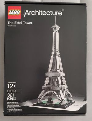 lego architecture eiffel tower for Sale in Los Angeles, CA