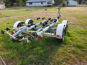 Boat trailer, 16 to 22 foot for Sale in Marysville, WA
