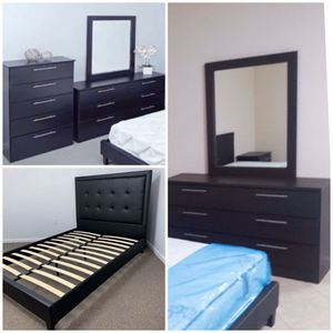 New 4 piece queen bed frame mirror dresser and chest mattress is not included for Sale in Orlando, FL