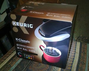 6Keurig K50 48 oz. Classic Series Single Serve Coffee Maker - Blac for Sale in West Valley City, UT