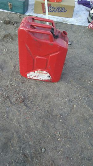 5 gallon metal Gas can for Sale in Ontario, CA