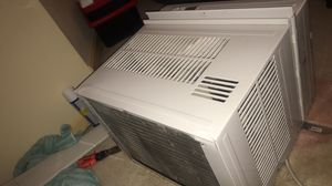 GE 1600-sq ft Window Air Conditioner for Sale in Hyattsville, MD