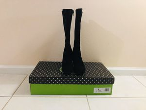 Kelly & Katie Black Boots 6.0 for Sale in Boca Raton, FL