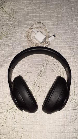 Studio beats 3 for Sale in Las Vegas, NV