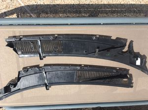 94-96 impala windshield wiper Grille for Sale in Houston, TX