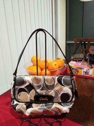 NwT small mini Coach handbag for Sale in Lincoln Acres, CA