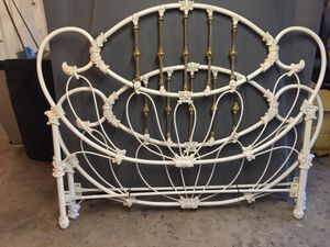 High end iron and brass Queen head and foot boards for Sale in Mission Viejo, CA