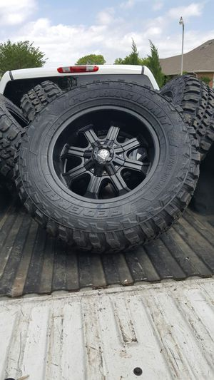 Brand new set of tires with rims 37x12.50 20 Chevy 8 lugs for Sale in Kennedale, TX