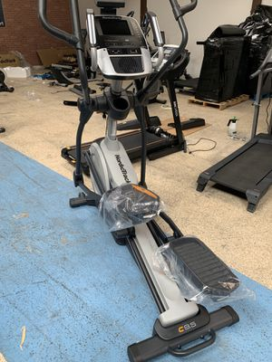 NordicTrack Commercial Elliptical! Quality for LESS!! for Sale in Agoura Hills, CA