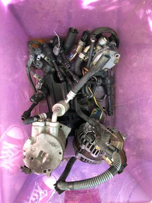 Nissan 350z engine parts for Sale in Lakewood, CA