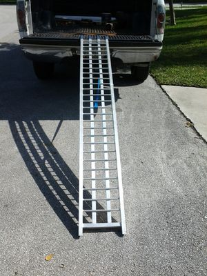 Motorcycle ramp with strap 7.5ft solid state aluminum cbr600 cbr1000 r1 r6 zx9r zx6r ducati cruiser gsxr750 600 1000 kawasaki honda suzuki yamaha for Sale in Pompano Beach, FL