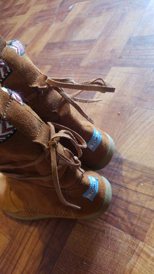 Toms boots only use twice size 6.5 for Sale in Hyattsville, MD