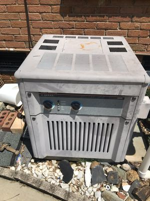 Pool & SPA HayWard H 300 water heater in extant condition for Sale in Matthews, NC