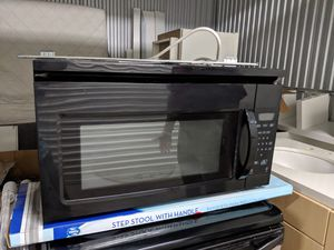 Microwave works good for Sale in Miami, FL