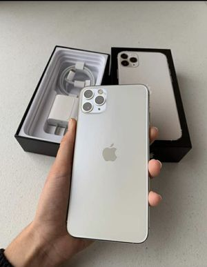iPhone 11 Pro Max for Sale in Saint Paul, MN