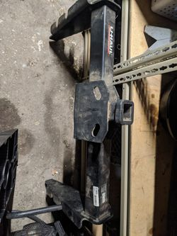 Dodge ram 2500 hitch tow for Sale in Providence,  RI