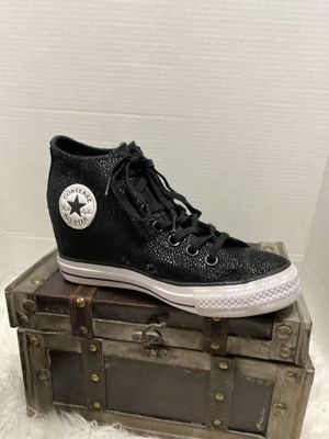 Converse Black Ctas Lux Mid-555154c Sneakers Size 6 for Sale in Dearborn, MI