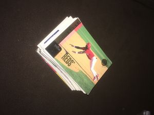100 Upper Deck baseball cards 97-98 for Sale in Cincinnati, OH