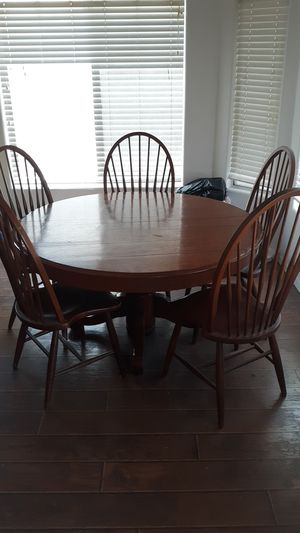 Kitchen table and chairs for Sale in Cave Creek, AZ