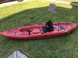 Fishing Kayak Lifetime Tamarak 120 for Sale in Orlando, FL