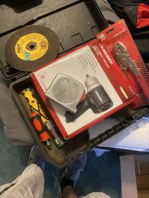 Tool lot inc NEW IMPACT WRENCH for Sale in Wisconsin Dells, WI