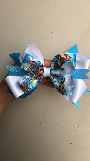 Moana bow for Sale in Bellwood, IL