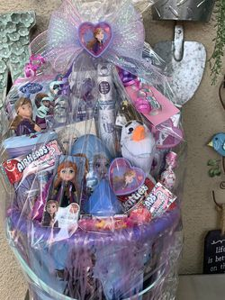 Disney princess frozen Easter basket for Sale in Fresno,  CA