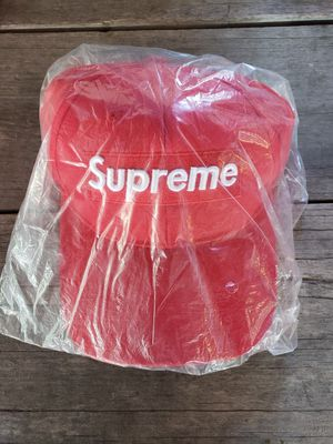 Supreme hat for Sale in Murfreesboro, TN