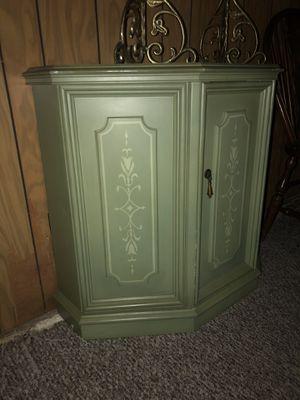 Green closet, one door, 2 shelves for Sale in Dearborn, MI