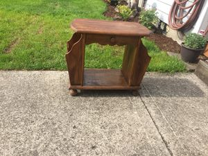 Antique magazine table for Sale in Vancouver, WA