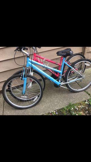 Magna & Diamondback Mountain Bikes 26inch for Sale in Chicago, IL