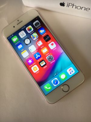 Iphone 6S excellent condition factory unlocked comes with charger headphone for Sale in Manassas, VA