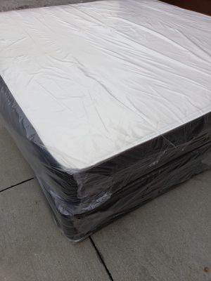 NEW KING MATTRESS AND BOX SPRING_3PC 😉 for Sale in Lantana, FL
