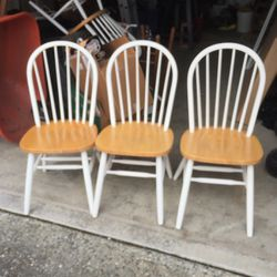 Dining Room Chairs (qty 3) for Sale in Lake Stevens,  WA