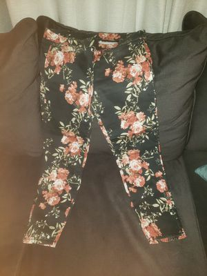 Womens pants for Sale in University Place, WA