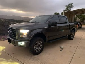 Ford F-150 XLT 4WD for Sale in Alpine, CA