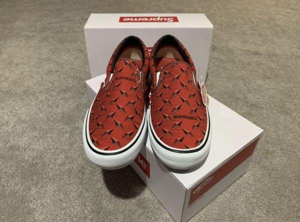 Supreme x Vans - Diamond Plate Slip On - Red - 10.5 Mens