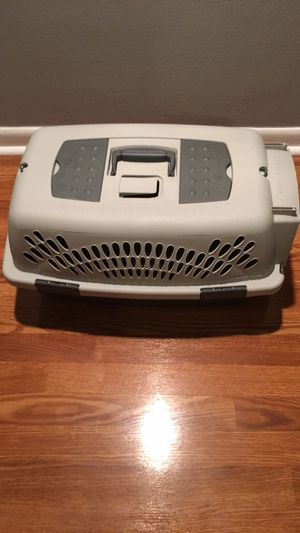 Small or medium pets crate (13x22x12) for Sale in Orlando, FL