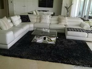 Modani Bergamo Extended Sectional Soft Leather Sofa for Sale in Miami Beach, FL