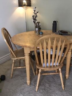 Wooden Table W/ Leaf (chairs not included) for Sale in Santa Ana,  CA