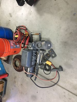 10,000 lbs champion winch for Sale in Winchester, CA